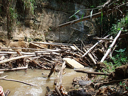 Debris and garbage at the river sink, May 7, 2007 - Click for full size - Photo by J Pauel