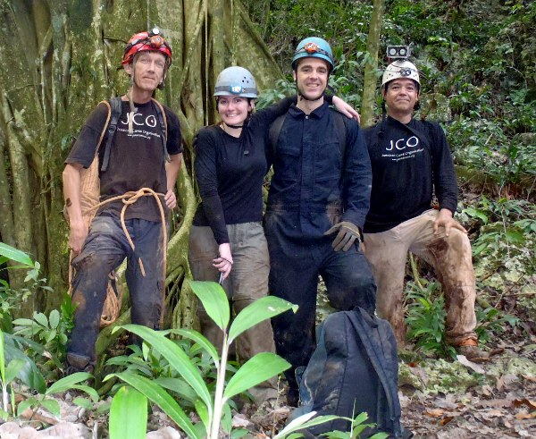 L-R: Stefan, Jackie, Dane, Jan - St Clair Cave - Dec 23/12