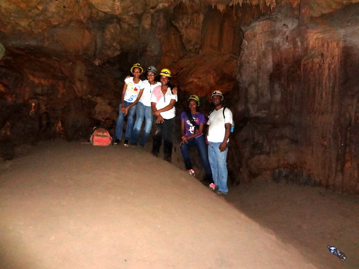 Stewart, Mensilita Lewis, Winston Hamilton, Courtney Hamilton, Danyelle Hamilton, and Taj Harrison at St Clair Cave